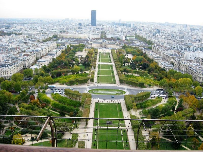 Parisul vazut din TE